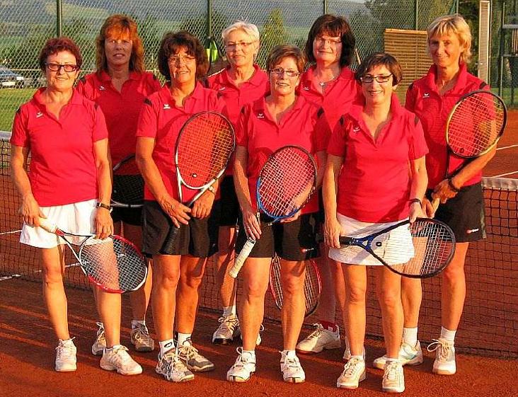 Tennis Damen 40 Mannschaft des TV 05 Mainzlar ist Sieger in der Medenrunde