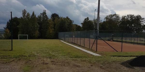 Ehrenamtlicher Arbeitseinsatz der Tennisabteilung zum Saisonabschluss