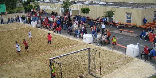 4. Beach-Handball-Turnier des TV Mainzlar