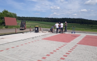 2 Landebahnen am Mainzlarer Sportplatz fast Fertig