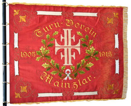 Verein lässt Vereinsfahne restaurieren