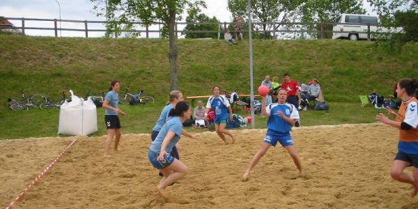 4. Beach-Handball-Turnier des TV Mainzlar